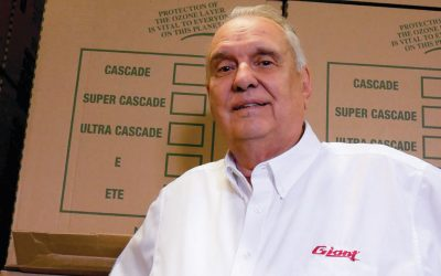 Claude Lesage receives the Maestria reconnaissance award